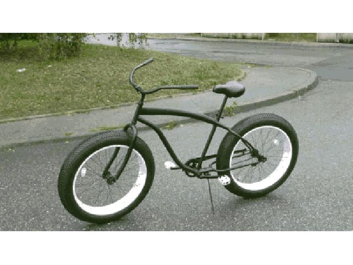 v lo fat bike beach cruiser am ricain xxl gros pneus. Black Bedroom Furniture Sets. Home Design Ideas